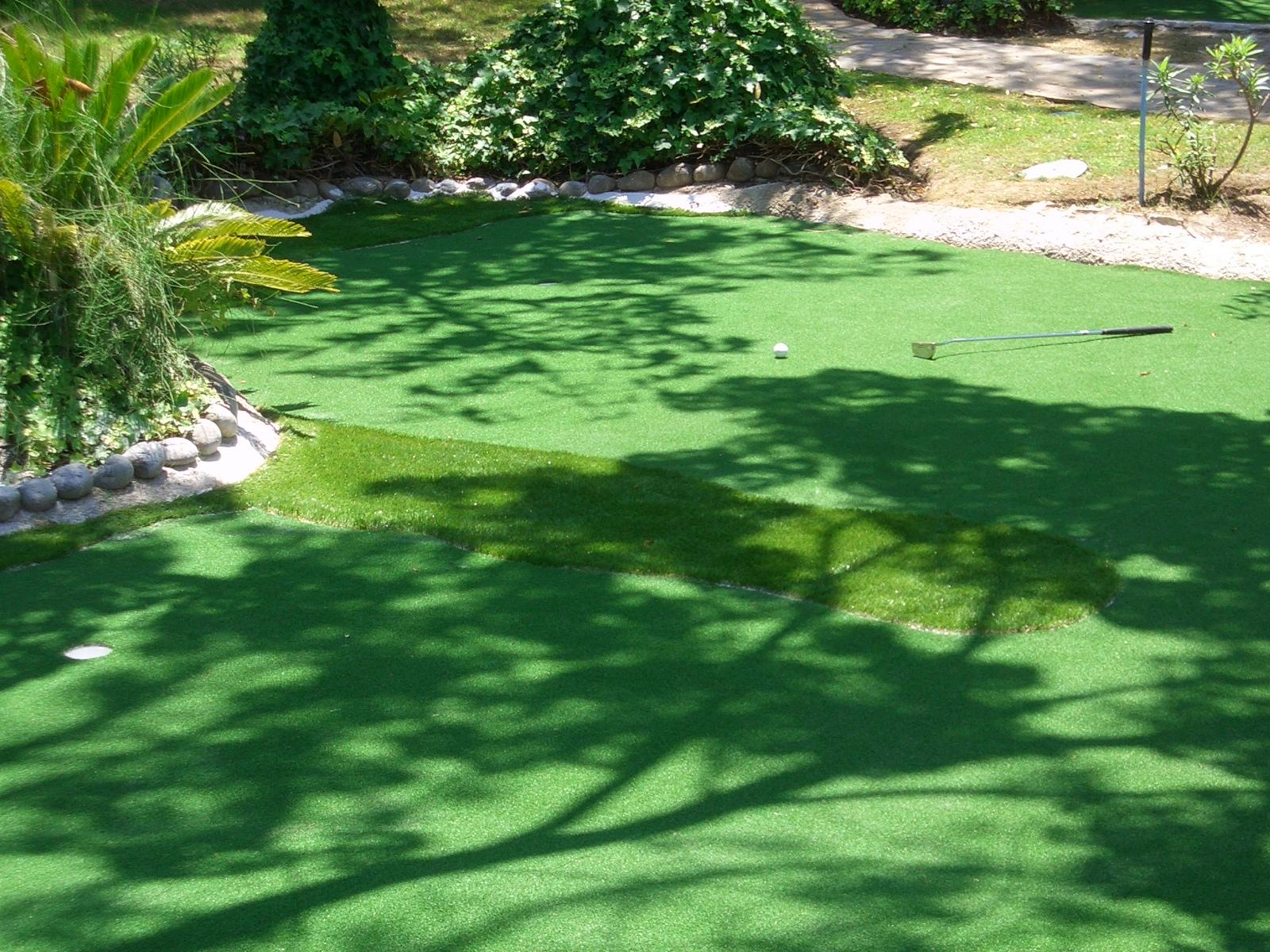 césped artificial para campo de golf