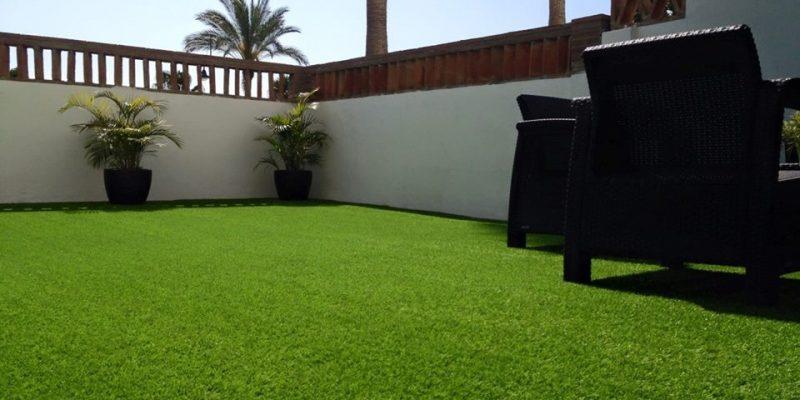 Instalaciones de csped artificial en terraza Playlawn