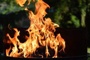 cesped artificial resistente al fuego